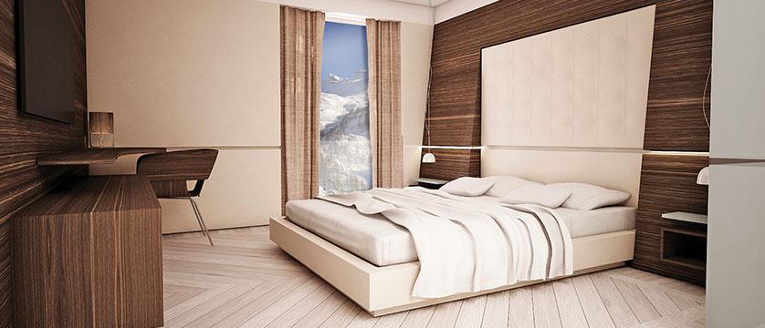 Italy_cervinia_white_angel_bedroom.jpg
